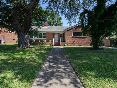 property image for 910 Christopher Place NEWPORT NEWS VA 23607