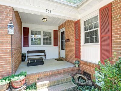 property image for 568 Windjammer Crescent NEWPORT NEWS VA 23602