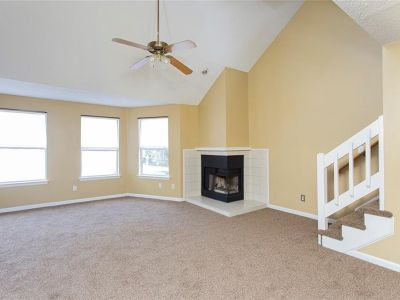 property image for 614 Mary Robert Lane NEWPORT NEWS VA 23608