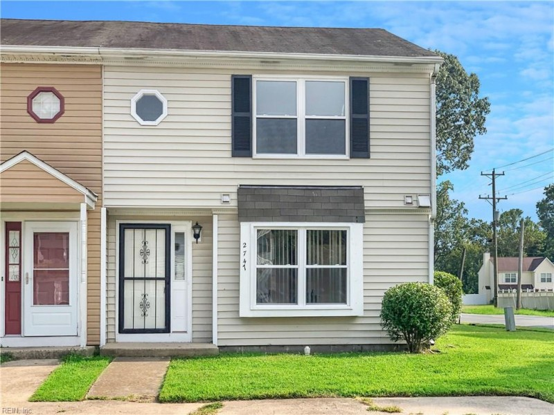 Photo 1 of 9 residential for sale in Chesapeake virginia