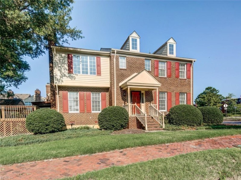 Photo 1 of 45 residential for sale in Portsmouth virginia