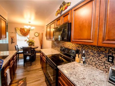 property image for 3825 Lamplighter Court PORTSMOUTH VA 23703