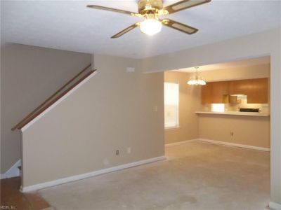 property image for 11 Colonial Place Place NEWPORT NEWS VA 23601