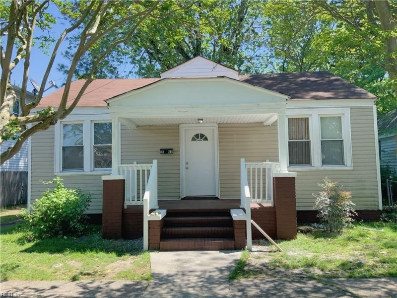 Photo 1 of 8 residential for sale in Portsmouth virginia