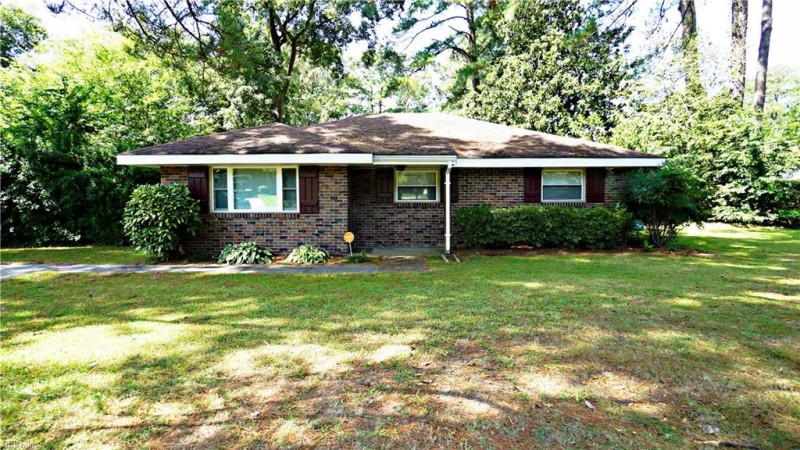 Photo 1 of 18 residential for sale in Portsmouth virginia