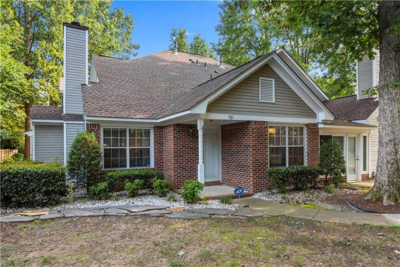 Photo 1 of 26 residential for sale in Newport News virginia