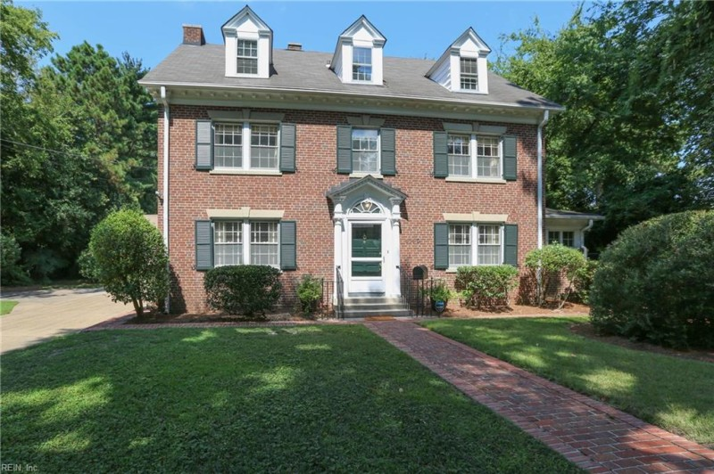 Photo 1 of 47 residential for sale in Norfolk virginia