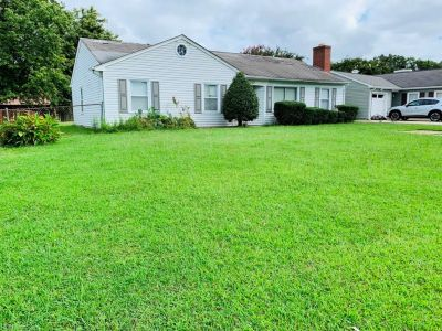property image for 107 Virginia Drive NEWPORT NEWS VA 23602