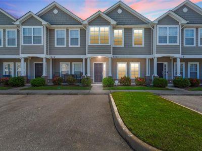 property image for 5014 Glen Canyon Drive VIRGINIA BEACH VA 23462