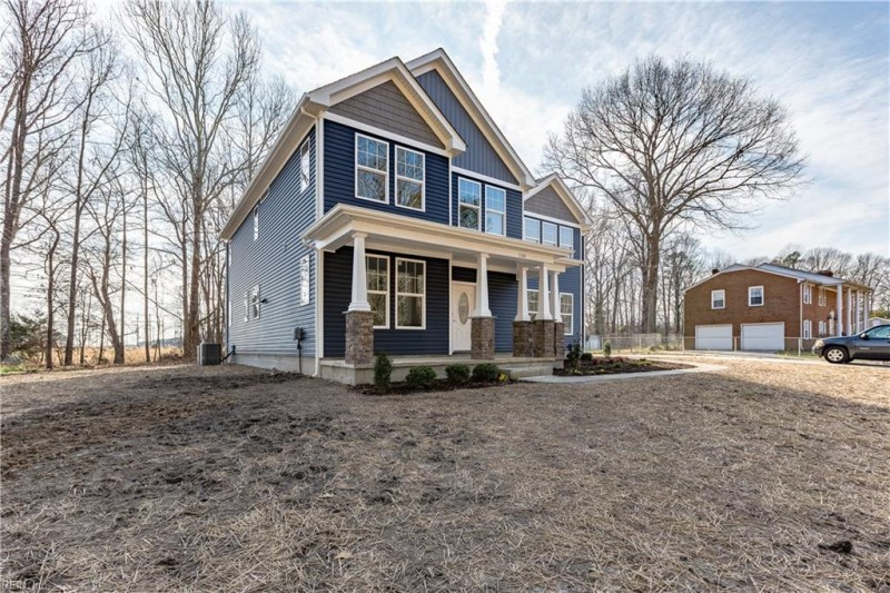 Photo 1 of 31 residential for sale in Poquoson virginia
