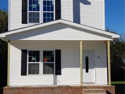 property image for 215 N Division Street SUFFOLK VA 23434
