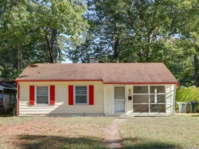 property image for 323 Shawen Drive HAMPTON VA 23669