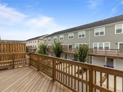 property image for 303 Fountain Way HAMPTON VA 23666