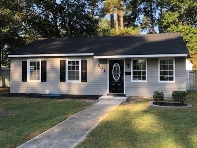 property image for 301 Pine Grove Avenue HAMPTON VA 23669