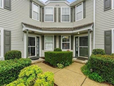 property image for 4930 Cypress Point Circle VIRGINIA BEACH VA 23455