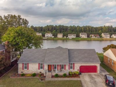 property image for 4104 Lakeview Drive CHESAPEAKE VA 23323