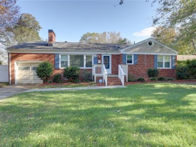 property image for 8 Brookfield Drive HAMPTON VA 23666