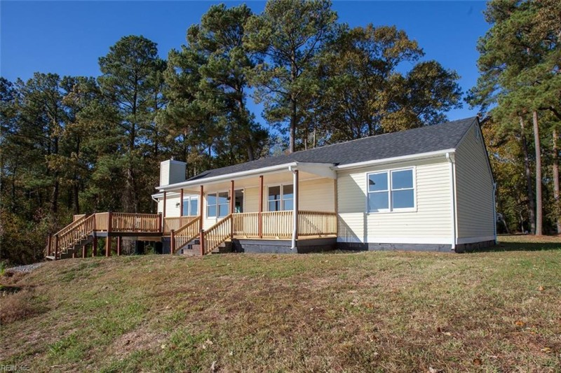Photo 1 of 26 residential for sale in Isle of Wight County virginia