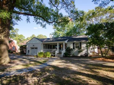 property image for 5620 Lakewood Drive NORFOLK VA 23509