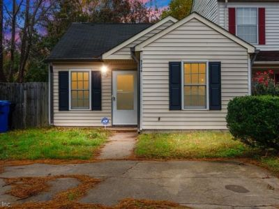 property image for 5736 Weblin Drive VIRGINIA BEACH VA 23462