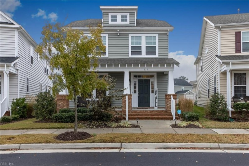 Photo 1 of 38 residential for sale in Portsmouth virginia