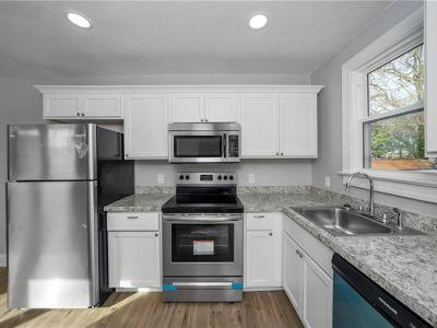 property image for 802 Powhatan Parkway HAMPTON VA 23661