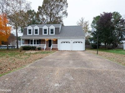 property image for 12 HUNT WOOD Drive POQUOSON VA 23662