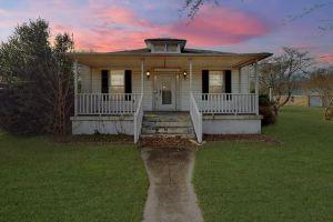 property image for 17355 Warwick Newport News VA 23603