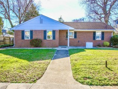 property image for 4606 Victoria Boulevard HAMPTON VA 23669
