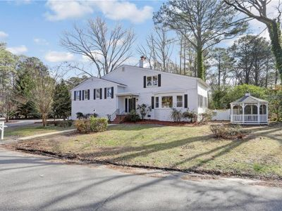 property image for 2305 Sterling Point Drive PORTSMOUTH VA 23703