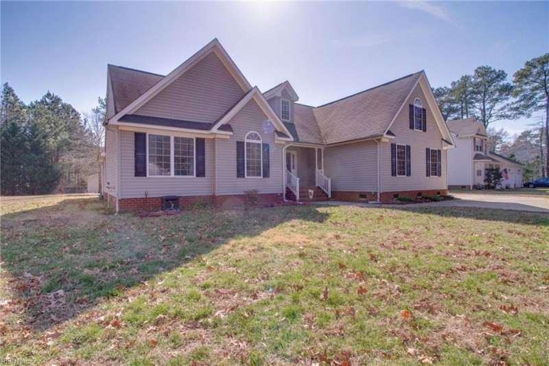 Photo 1 of 33 residential for sale in Poquoson virginia