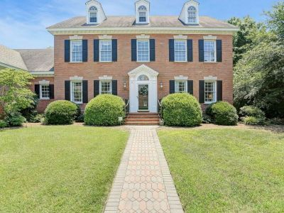 property image for 37 Beverly Hills Drive NEWPORT NEWS VA 23606