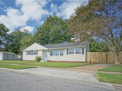 property image for 8441 Benningfield Court NORFOLK VA 23503