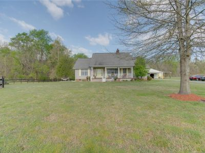property image for 4079 Lake Point Road SUFFOLK VA 23434