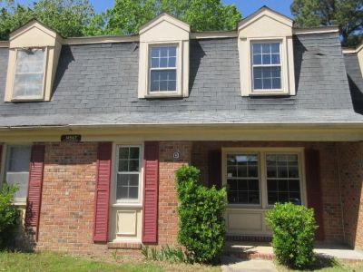 property image for 14567 Old Courthouse Way NEWPORT NEWS VA 23608