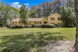 property image for 5852 Bernhowe Manor Suffolk VA 23435