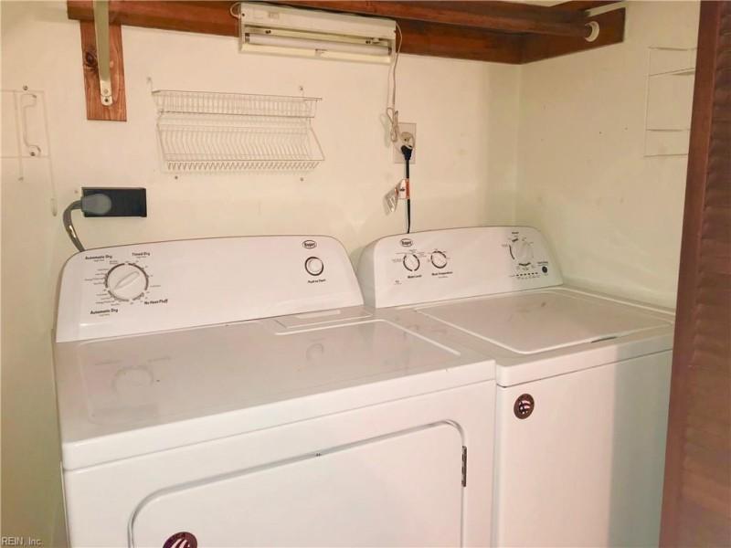For Sale 101 Inland View Newport News Va 23603 3 Beds 3