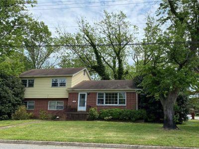 property image for 18 Brookfield Drive HAMPTON VA 23666