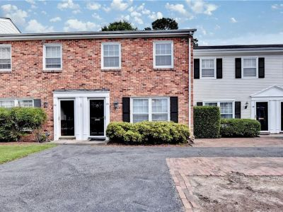 property image for 29 Towne Square Drive NEWPORT NEWS VA 23607