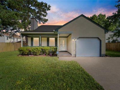 property image for 3928 Larchwood Drive VIRGINIA BEACH VA 23456