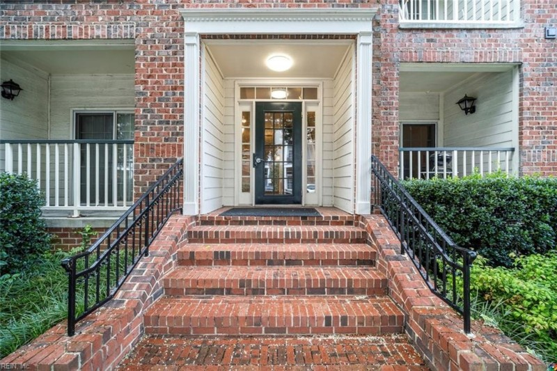Photo 1 of 34 residential for sale in Norfolk virginia
