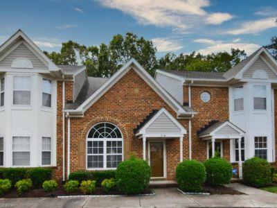 property image for 716 Lake Circle CHESAPEAKE VA 23322