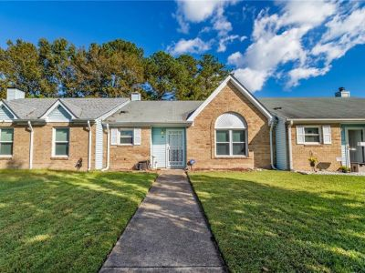 property image for 18 Holly Hill Lane PORTSMOUTH VA 23702