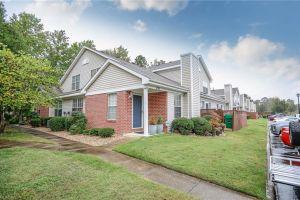 property image for 731 Oak Mill Newport News VA 23602