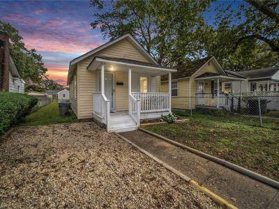property image for 430 Raleigh Avenue HAMPTON VA 23661