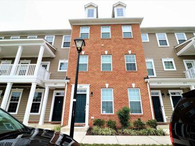property image for 209 Waterside Drive HAMPTON VA 23666