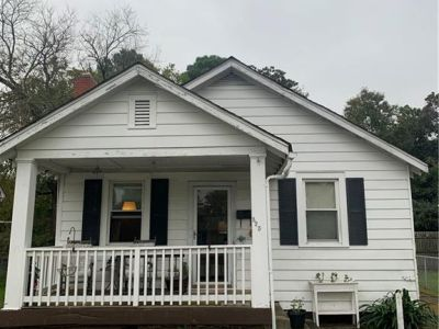 property image for 325 Catalpa Avenue HAMPTON VA 23661