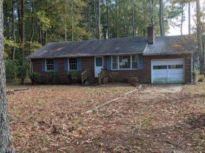 property image for 2 Brickhouse Road POQUOSON VA 23662