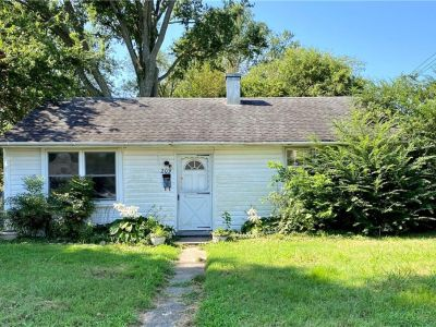 property image for 209 Roane Drive HAMPTON VA 23669