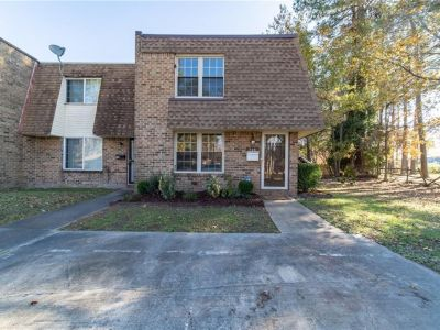 property image for 734 Hayes Avenue VIRGINIA BEACH VA 23452
